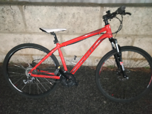 Apollo aspire 10 mountain bike