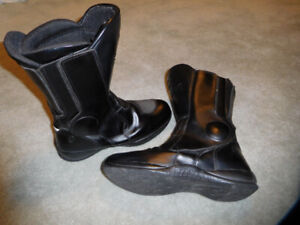 SP1 Women's Leather Motorcycle Boots