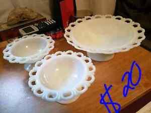 Milk glass serving bowl Edmonton Edmonton Area image 1