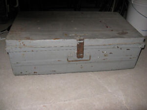 SOLID STEEL TRUNK