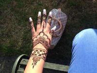 Mesmerising Arabic henna