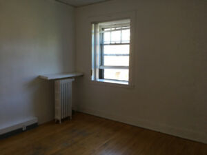 A studio close to mcgill downtown - lease transfer