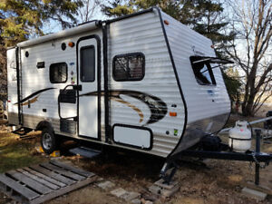 2015 Coachmen Clipper 17BH $14,500