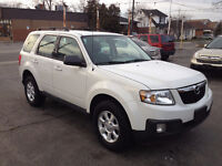 2010 Mazda Tribute GX 4X4 Carproof accident free $10995
