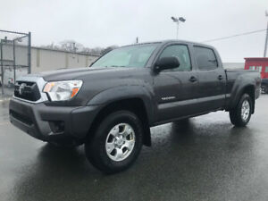 2013 Toyota Tacoma SR5 V6 *FINANCING AVAILABLE*