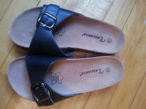 Chaussures/Sandales NEUVES en CUIR * Pointure 7,5 / 38 (Europe)