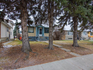 GREAT INVESTMENT PROPERTY NEAR WHYTE AVE! Edmonton Edmonton Area image 1