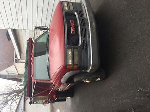 1998 GMC Sierra 3500 Pickup Truck