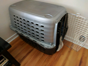 Large Dog Kennel, like new! Our girl will need an extra large