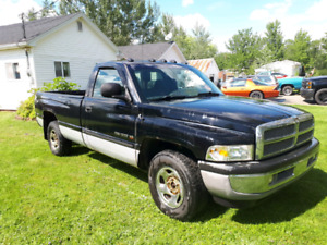 Want gone this week, 2001 dodge ram 1500 needs nothing