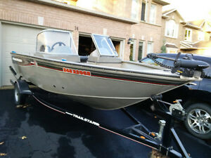 Tracker 16' fishing boat with Humminbird 798 SI and 60HP