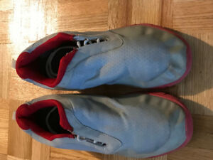 Nike Shoes FOR SALE $40