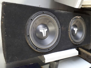 2 JL audio 10 inch subwoofers in box