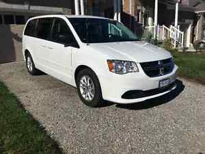 2014 Dodge Caravan SXT LOW KM