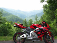 Honda CBR 600RR - Excellent Condition, Many Upgrades, Certified