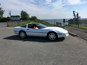 1989 Chevrolet Corvette Leather Coupe (2 door)