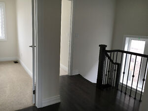 Room and parking in bright new house