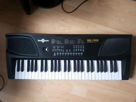 Piano Gear4music MK1000 Electronic Keyboard