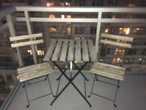 For sale: Ikea patio table and chairs (Tarno)
