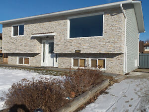 OPEN HOUSE SUNDAY MARCH 5TH 2-4PM