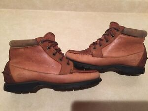 Women's Timberland Gore-TEX Waterproof Leather Shoes Size 7.5 London Ontario image 6