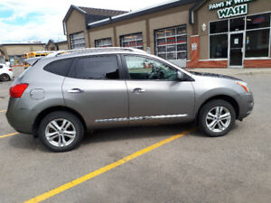 2013 NISSAN ROGUE SV - AWD, BACKUP CAM, HEATED SEATS