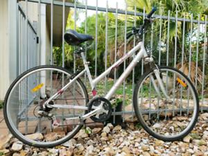Mongoose bicycle man large bike 30$