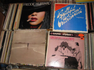 Huge collection of vinyl LP records 800+