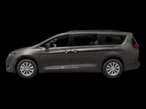2018 Chrysler Pacifica Touring-L Plus  - $275.26 B/W