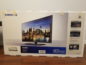 Samsung TV 40, Samsung sound system,PlayStation3,Apple tv box 2