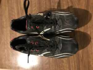 Used Rugby Shoes - Men's Size 5.5