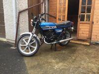 Yamaha RD400 p/x RVF 400