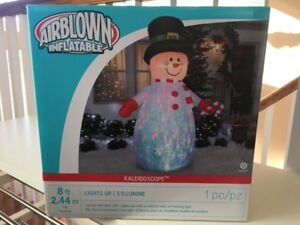Inflatable Snowman 8' Lights Up