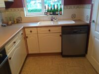 Fitted kitchen - immaculate condition.