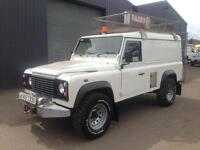 2008 Land Rover Defender 110 2.4TDCi PUMA 4x4 Utility 3500KG * 6 Speed *