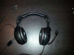 SteelSeries headset with built in mic
