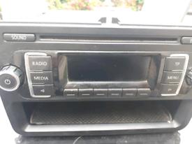 Vw radio and cd player ! !