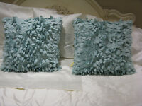 DECORATIVE ACCENT CUSHIONS