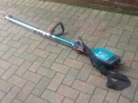 Bosch long reach hedge cutter
