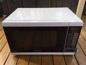 PANASONIC - NN-ST641W - 32L INVERTER MICROWAVE OVEN Westmead Parramatta Area Preview