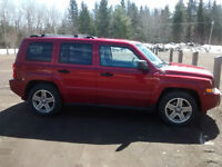Jeep Patriot Limited    AWESOME SUMMER CAR!!