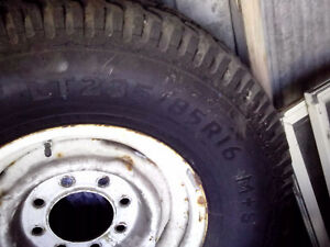 2 Mud & Snow tires LT235/85R16