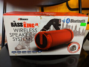 2BOOM Bass King Jr Wireless Bluetooth Speaker  with FM Radio