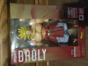Brand New  (BROLY)  S.H Figuart