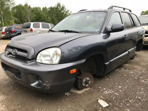 2005 Hyundai Santa Fe ** FOR PARTS ** INSIDE & OUTSIDE**