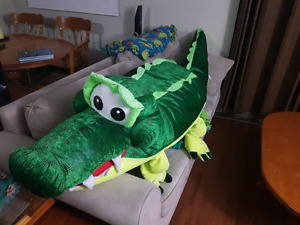 Giant stuffed crocodile 100""