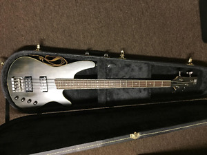 Ibanez SDGR 4-String Electric Bass with Fender Rumble 15 Amp