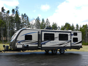 2014 Crossroads Sunset Trail Reserve 29SS  Easy Tow
