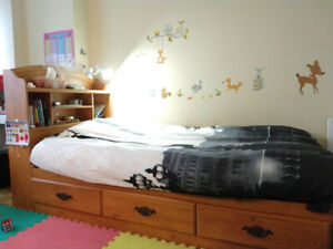 Kids twin size storage bed + headstand (South Shore Prairie)