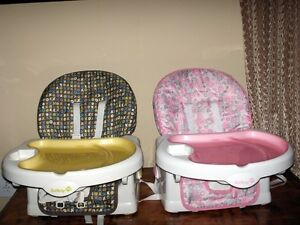 Feeding chair- only pink one left Sarnia Sarnia Area image 1